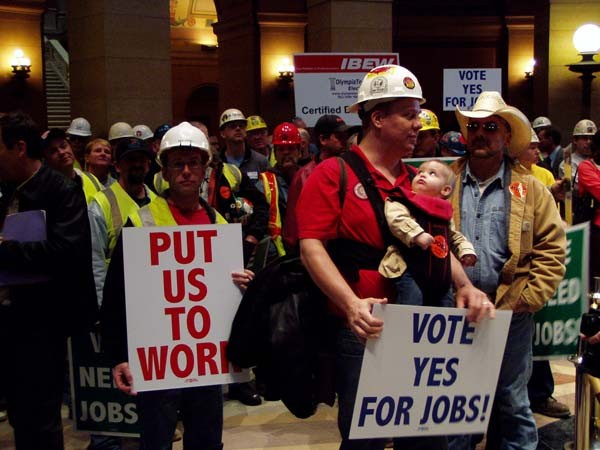 Can Becoming a Right to Work State Boost Michigan's economy?